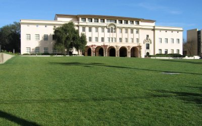 Laboratories_of_the_Biological_Sciences,_Caltech